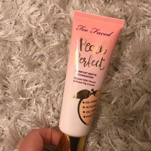 Brand new Too Faced peach perfect foundation